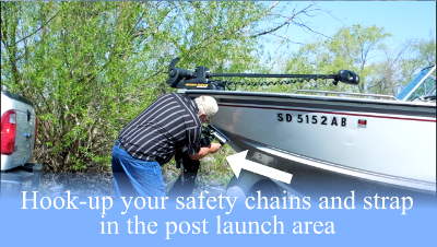 Drotto-boat-latch-attach-safety-chains