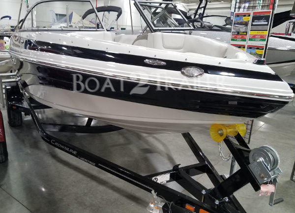 Crownline Boat2Trailer White